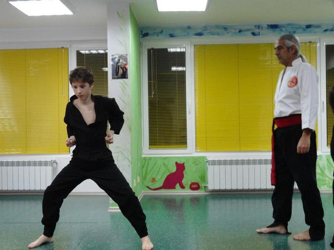 kung fu niki bez kolan