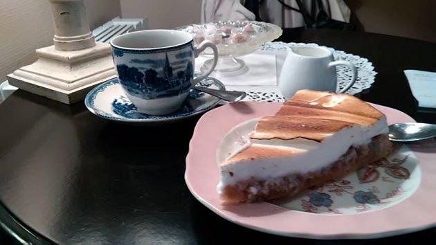 dame cakes2