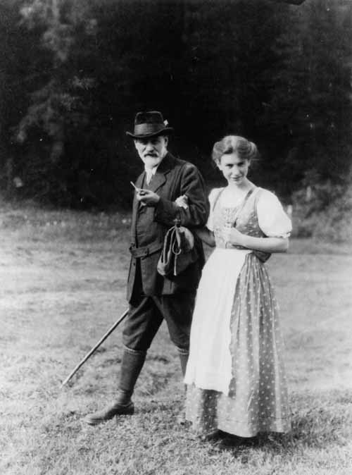 Зигмунд Фройд и неговата дъщеря Анна Фройд (1913)