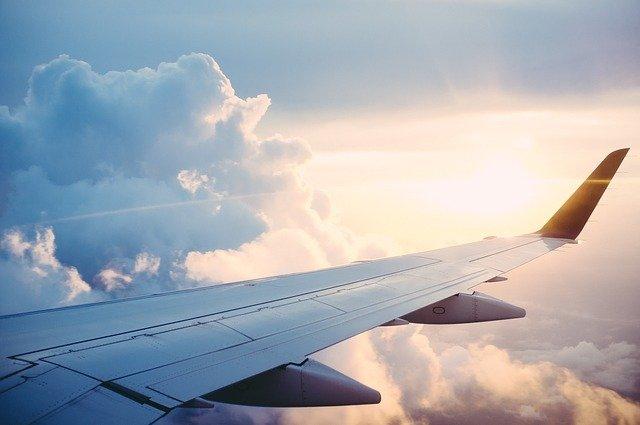 plane-841441_640 (1)